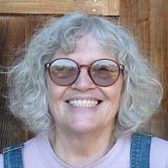 Eunice Olson - Artist