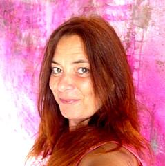Eva Konya - Artist