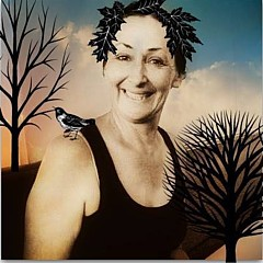 Evie Hanlon - Artist