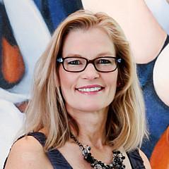 Holly Van Hart - Artist