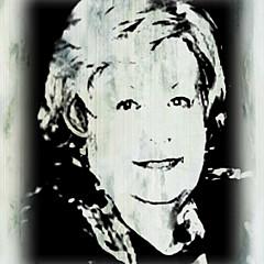 Joy Arnold - Artist