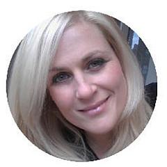 Julie Ahmad - Artist