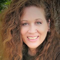 Kat Heckenbach - Artist