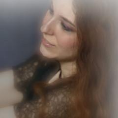Kat Micari - Artist