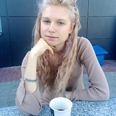 Klaudia Palas - Artist