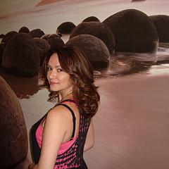 Lana Malamatidi - Artist