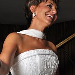 Linda Ferreira - Artist