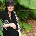 Linda J Bean