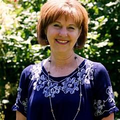 Lizbeth McGee - Artist