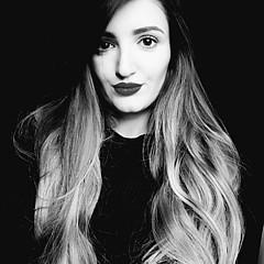 Lorena Symaj - Artist