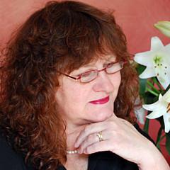 Lynda Cookson - Artist