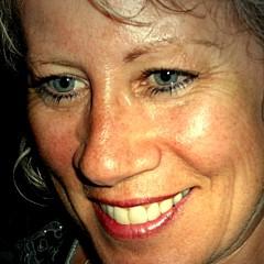 Lynn Gray - Artist