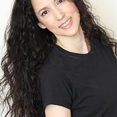 Marcela Bennett - Artist