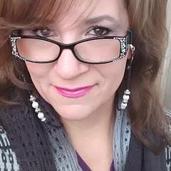 Monica Resinger - Artist
