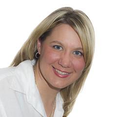 Paula Trus - Artist
