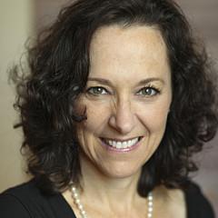 Stephanie Hessler - Artist