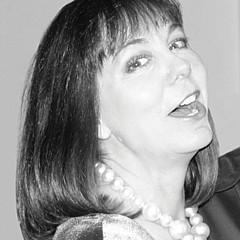 Suzanne Blender
