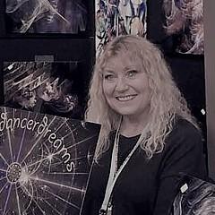 Victoria Wieczorek - Artist