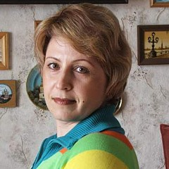 Viktoriya Sirris - Artist