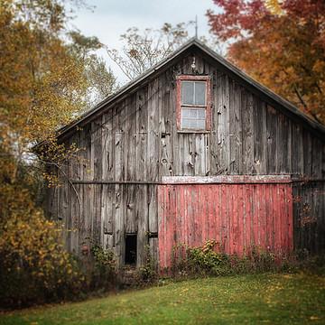 Barns & Farmhouse Collection
