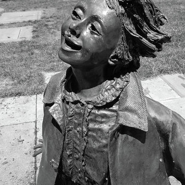Beverly Cleary Sculpture Water Garden Collection