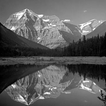 B&W World British Columbia and Alberta Canada Collection