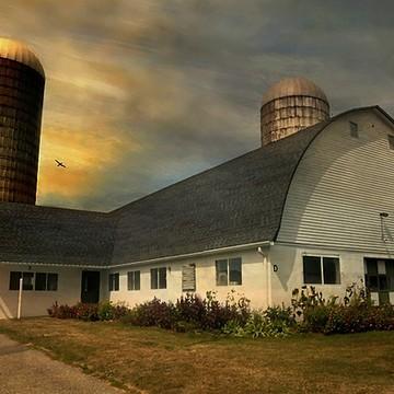 Hilltop Hanover Farm Collection