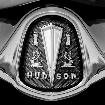 HUDSON - BW - Sepia - Antique Color Collection