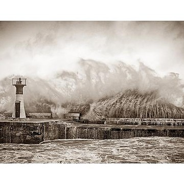 Kalk Bay Harbour Waves - 8x12 Wholesale Collection