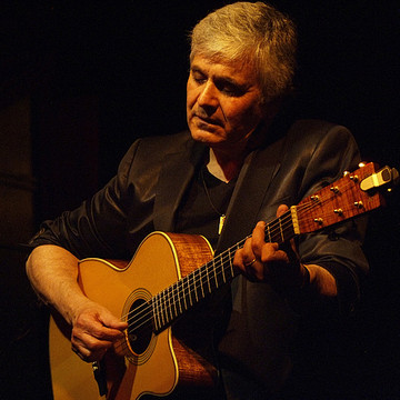 Laurence Juber Collection