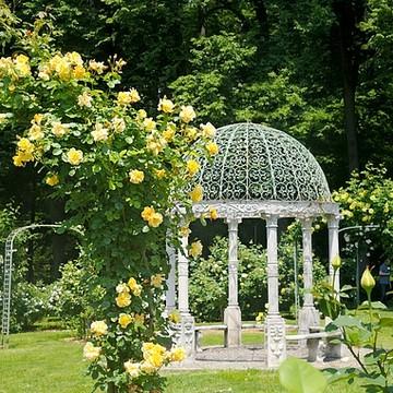 Lyndhurst Estate and Gardens Collection