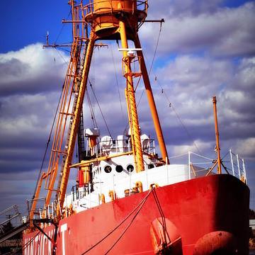 Nantucket Lightship  Collection