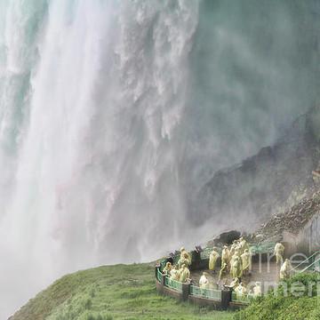Niagara Fall USA and Canadian Collection