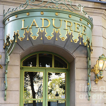 Paris-Laduree-Macarons Collection