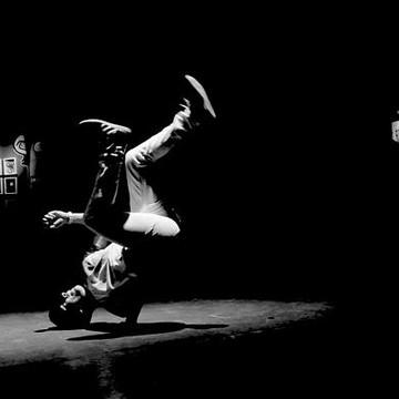 B-Boying & Break Dancing