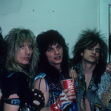 Rough Cutt Collection