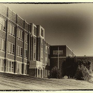 Schools Campus Shots and Hallways
