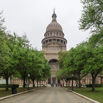 Texas -Larger than life. Collection