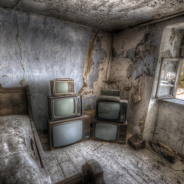 TV repair mans house Collection