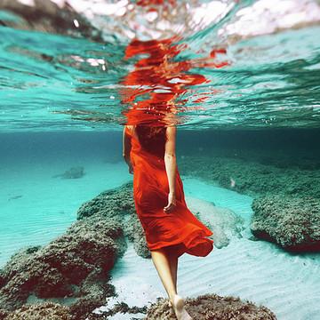 Underwater Women Collection