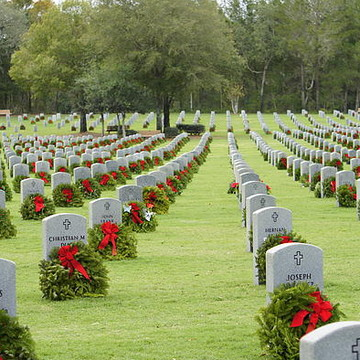 Wreaths Across America Collection