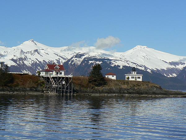 Sergey and Svetlana Nassyrov -         Alaska. Lighthouse
