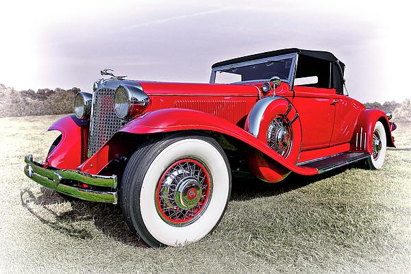 Marcia Colelli - 1930 Cadillac V16 Coupe