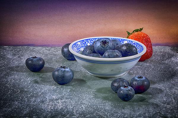 Robert Anastasi - A Bowl of Blueberries