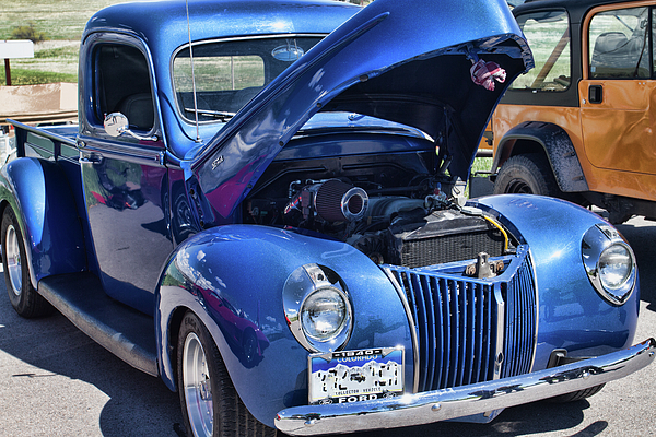 Alana Thrower - 1940 Blue Ford