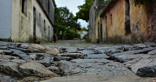 Joseph Tomarchio - A Cobbled Stroll