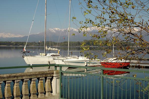 Guido Strambio - A spring morning along the lake