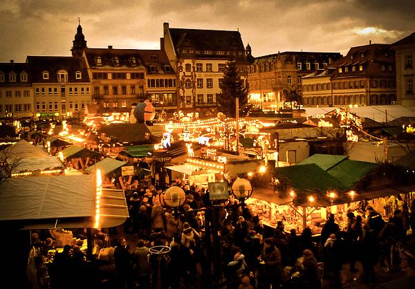 Amy Sorvillo - Vintage Christmas Market