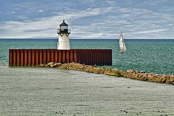Marcia Colelli - Cleveland Harbor Small Lighthouse