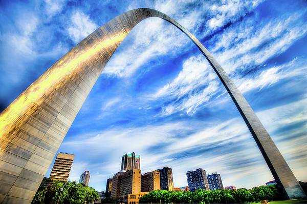 Gregory Ballos - Clouds Moving Over the Saint Louis Skyline and Arch